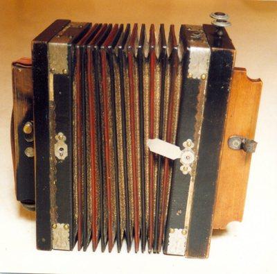 Accordéon diatonique (type mélodion)