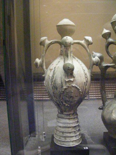 Vase siffleur (épi de faîtage)