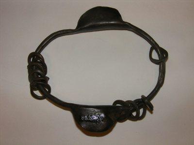 Sonnailles (hochet sur bracelet)