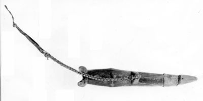 Flûte à embouchure terminale biseautée (Sifflet de guerre Lobi)