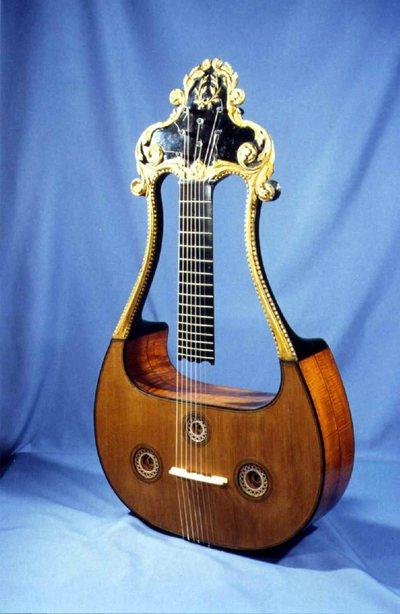 Guitare Lyre
