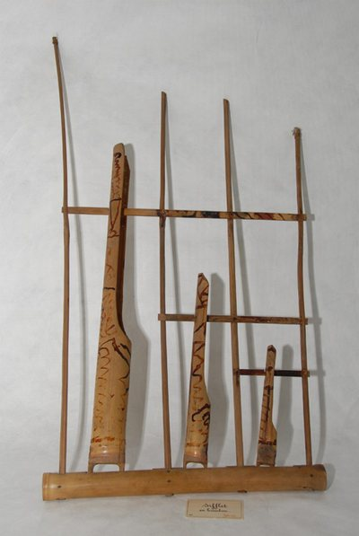 Angklung et sifflet