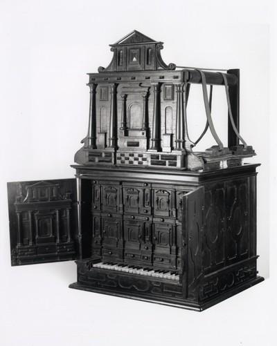 Cabinet organ