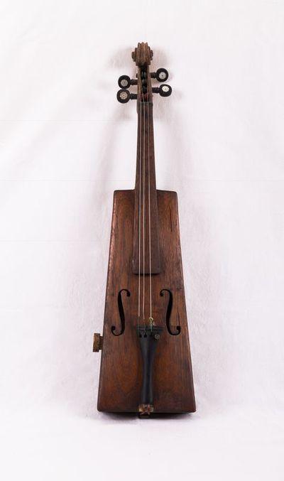 Trapezoidal violin