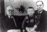 Reprofoto. Artur Kapp koos poja Eugeni ja pojapoja Vampoga. 1948