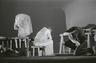 Foto (negatiivikogu). Epp Pillarpardi Punjaba potitehas. (Peet Vallak - Mati Unt). Vanemuine 1975. Epp Pillarpart - Hilja Varem, Niilas - Aarne Üksküla, Autojuht - Villem Hindrikson. Foto Gunnar Vaidla.
