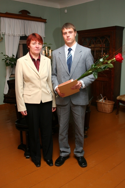 Foto. Kreutzwaldi mälestuspäev. Toivo Varrik, Tiina Varrik. Võru, 14.12.2007.