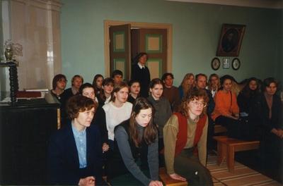 Foto. Juhan Liivi luulekonkursi publik Dr. Fr. R. Kreutzwaldi Memoriaalmuuseumis. Võru, 29.03.2000.