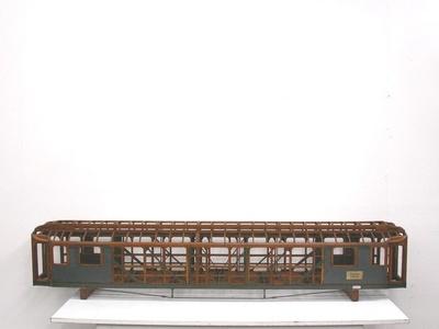 Wagenkastengerippe eines preußischen Schnellzugwagens 1. Klasse, Modell 1:10