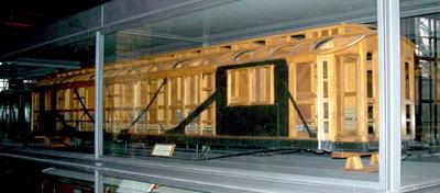 Kastengerippe eines sechsachsigen Schlafwagens Bauart WL6ü, Modell 1:5