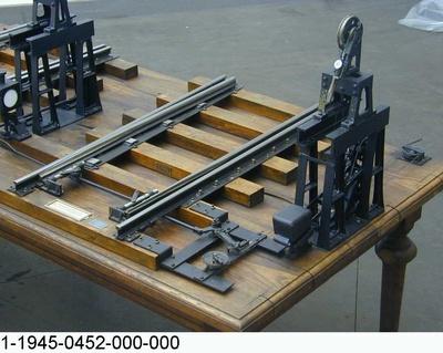 Weichenantrieb mit Drahtzugleitung, Funktionsmodell 1:5