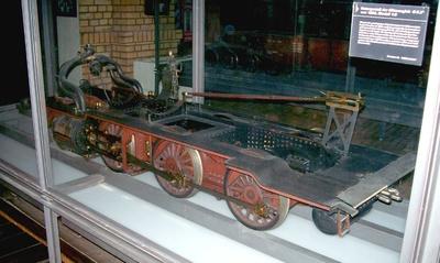 Untergestell einer Güterzugdampflok mit Verbundtriebwerk, Modell 1:5