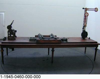 Weichen- und Signalstellwerk mit Weichenverriegelung, Funktionsmodell 1:2,5 und 1:1