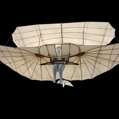 Rekonstruktion Gleitflugzeug Lilienthals (großer Doppeldecker)