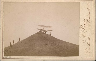 Fotografie Flugversuch Otto Lilienthals (f0810)
