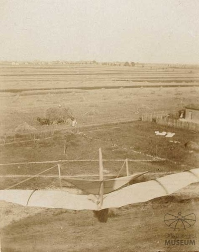 Fotografie Flugversuch Otto Lilienthals (f0808)