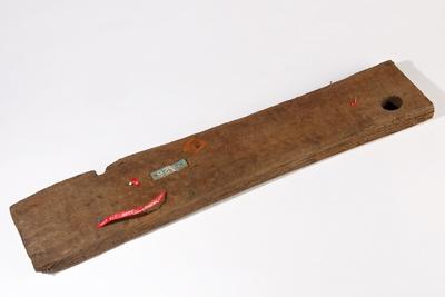 """Plankenstück der """"Bremer Kogge"""", mit PEG 200 konserviert"""