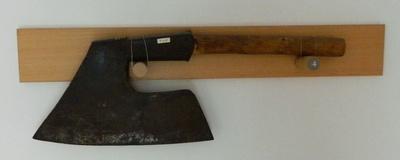 Zimmermannsbeil oder Schrägbeil
