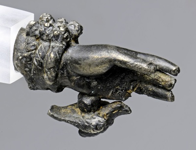 Silberhand der Artemis Ephesia