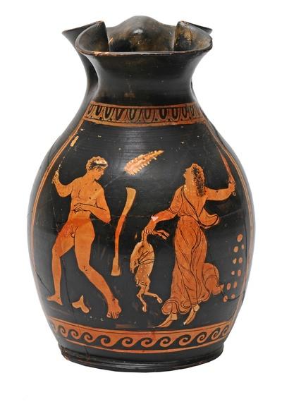 Weinkanne mit dionysischem Treiben