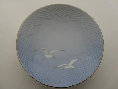 Gebakschaal op voet 206 Seagull