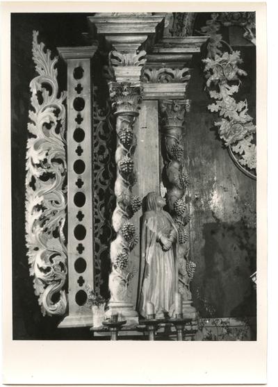 Stelmužės kaimo bažnyčios interjero fragmentas