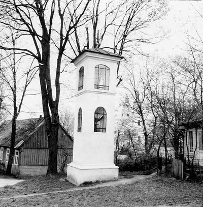 Žvirblių kaimo (Plungės r.) koplytėlė