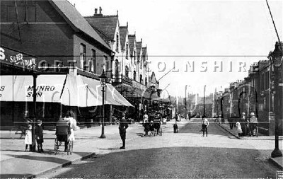 Scunthorpe High Street, looking east from near no. 138, in 1913.