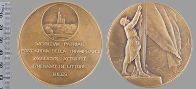 La France sur le Rhin : Médailles et décorations / Bénard, Raoul