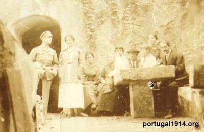 Bernardino Machado (filho) de licença em Portugal