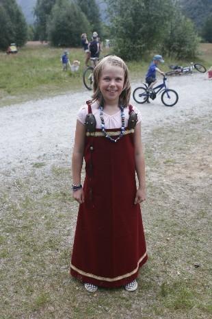 Gravlegging i finstasen - ei kvinnegrav frå vikingtid på Fjørtoft