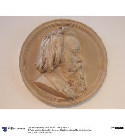 Johannes Brahms Relief, Gipsabguss Maria Fellinger Wien 1899 Ø: 420 MIM X