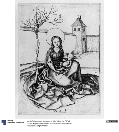 Madonna im Hof