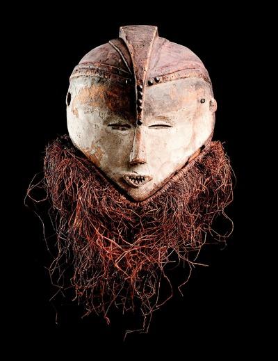 Reuzemaskers uit Congo - Etnografisch erfgoed van de jezuïeten