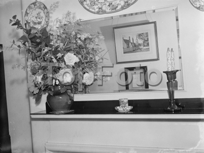 Visitors room at War Memorial Hospital at Shooters Hill , London . 1939