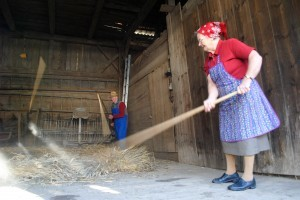 Threshing with hand flails – two men threshing