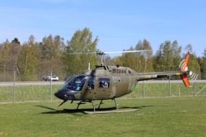 Bell 206 landing