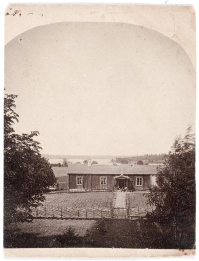 Fotografi av Alfred Ottelin föreställande Lillkroksnäs  ...