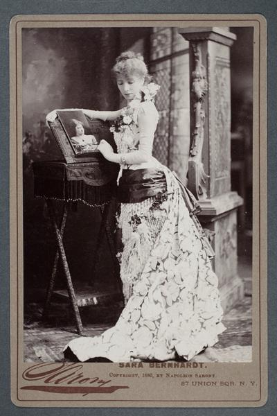 Sarah Bernhardt (1844-1923), fransk skådespelare.
