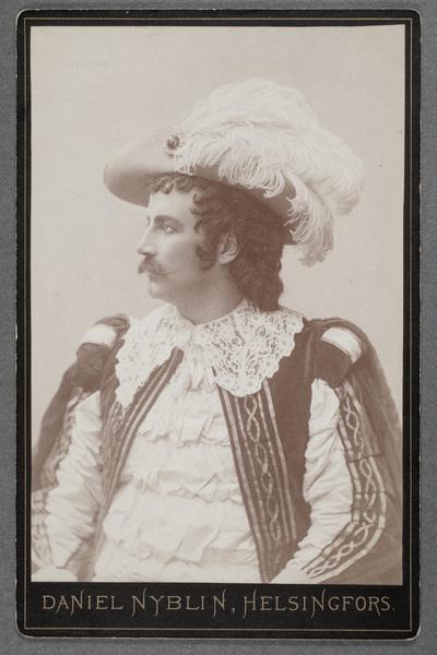 Otto Wallenius (1855-1925), finländsk operasångare och  ...
