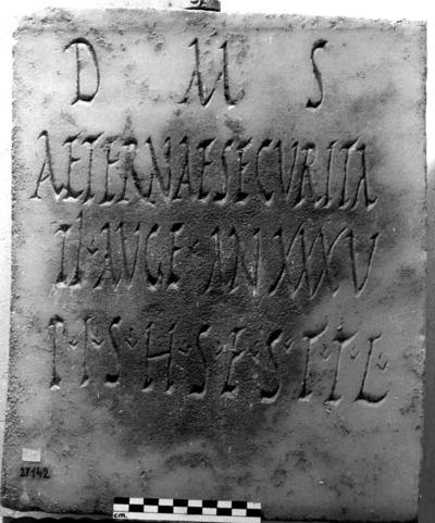 Inscripción hallada en Corduba Colonia Patricia