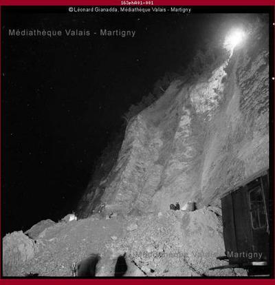 Sauvetage de trois mineurs bloqués à l'intérieur de la mine de forage pour la galerie Grande-Dixence à Bieudron-Nendaz