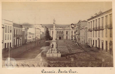Canary Islands. Santa Cruz de Tenerife. Plaza de la Candelaria with a monument.