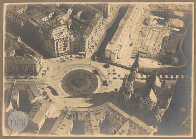Warsaw, Plac Zbawiciela (Savior Square).