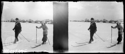 January and Maria Zubrzycki skiing.