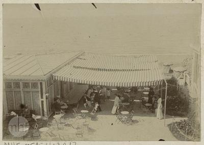 Normandy (?), a pawilon – cafe on the beach.