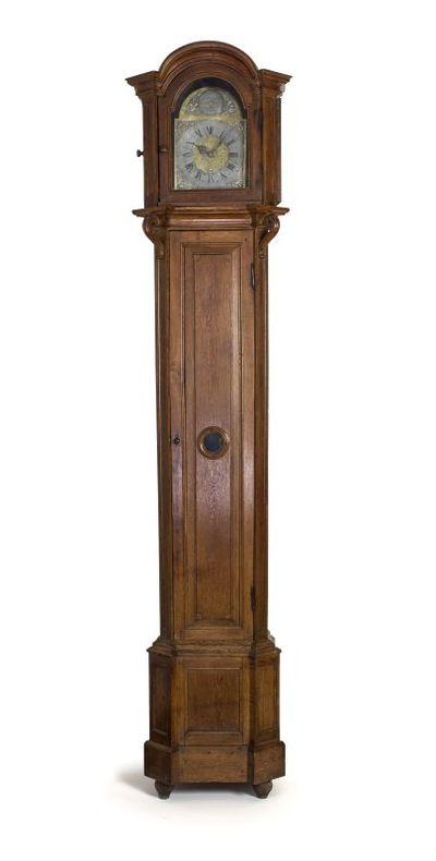 Joannes Augustinus (1735-1790) klokkenmaker, Hendrik Wauters (1729-1803) tinnegieter ,staande klok, 1761, hout, glas, metaal.