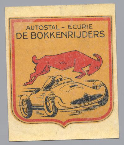Cremers, prent in stickervorm met afbeelding van een racewagen en bok en tekst Autostal - Ecurie De Bokkenrijders, s.d., papier, kleurendruk.