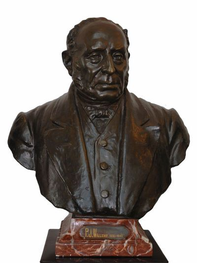 Emile Cantillon (1859-1917), Borstbeeld van Pieter Jan Willems (1786-1868), burgemeester van de stad Hasselt van 1836 tot 1842, ca. 1905, gips, gegoten.