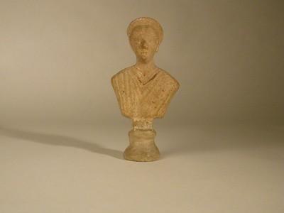 Volledige buste (figurine) van een godin in terracotta